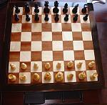 Gehäuseform dem Chess-Master nachempfunden, Mahagoni/Ahorn/Ebenholz, Hochglanzlack