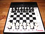 Schneider MK3  Sensor Chesspartner MK3  DC 9V  innen PLUS  5ma  (c) White & Alicock    1985    8 Spielstuffen